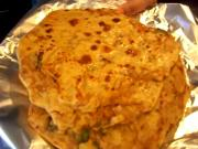 Mooli Paratha / Stuffed Indian Flatbread with Daikon Radish