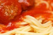 Spaghetti 'N Meatballs