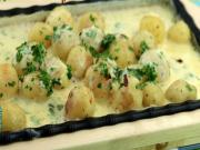 Sizzling Potatoes in Cheese Sauce