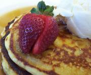 Puff Pancakes With Strawberries And Sour Cream