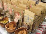 Brad's Raw Foods | Natural Products Expo West 2013