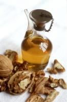walnut oil for hair - the nutty, aromatic oil for healthy hair