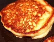 Lemon and Pistachio Pancakes
