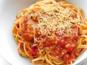 Spaghetti with Eggplant Sauce