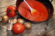 How to Freeze Homemade Tomato Sauce