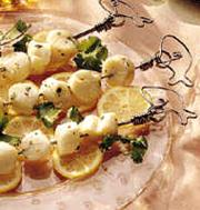 Scallops with Melon Relish