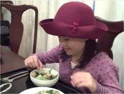 Spaghetti in Pesto Sauce with Crisp Crouton Salad