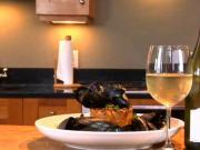 Braised Garlic-Thyme Mussels paired with Matua Sauvignon Blanc