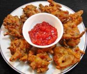 Crispy Onion Pakoras