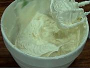 How to Make Vanilla Butter Cream Frosting
