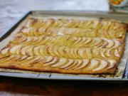 Apple Tart with Apple Glaze