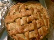 Golden Date & Apple Pie