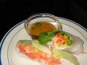 Rice Paper Wraps with Dipping Sauce