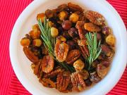 As a part of your Valentine's menu make a rosemary and nuts mix which is simple and classy