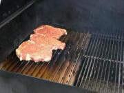 Yoder YS640 Direct Grilling using the Grill Grates