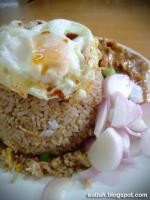 Khao Khai Chiao consists of essentially two main parts – the rice and the egg