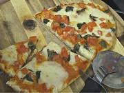 Thin Crust Pizza on the Grill Dome - An Awesome How to, for the Perfect Pizza Machine