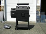 New Production Yoder YS640 Pellet Smoker & Grill