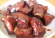 Spare Ribs In Piquant Sauce