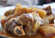 Braised Lamb Shanks With Buttermilk Gravy