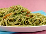 Spaghetti in Spinach Sauce (Iron rich)