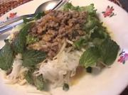 Thai Rice Noodles With Pork Curry Sauce