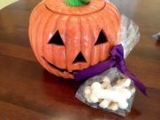 Meringue Bones- a Halloween Treat