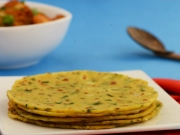 Potato Paneer Roti by Tarla Dalal