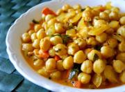 Apicy chickpeas make low calorie snacks