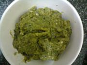 Spicy Green Chili Garlic Chutney