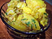 Lahsooni Aaloo (Garlic Potato)