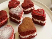 How to make Red Velvet Whoopie Pies for Valentines Day