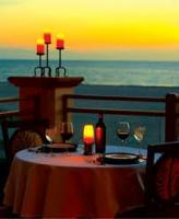 A candle light dinner is just perfect for a valentines day romantic dinner