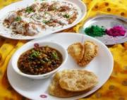 How to Plan a Healthy Holi Menu for Elderly
