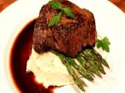 Fillet Steak with Red Wine Reduction