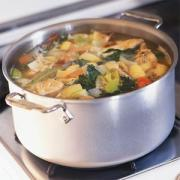 How to make stock in a crockpot for gravies, soups and sauces