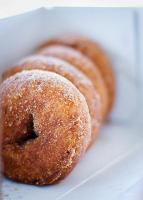 Golden Cake Doughnuts