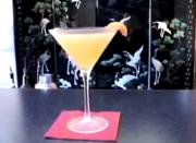 How To Make Apricot-Tini