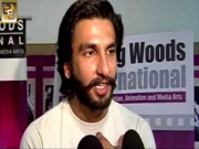 Ranveer Singh Misbehaves with a Reporter in Public