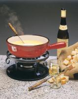 what drinks to serve at a fondue party and gush with the spirit of the fondue