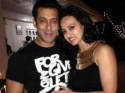 Salman Khan Shockingly Accused by Sana Khan