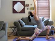 Beginner Prenatal Yoga : Baby Mama Yoga 4
