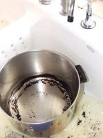 How to Keep the Food from Burning at the Bottom of a Pan need lot of concentration in cooking