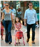 Tom Cruise, Katie Holmes not to come together on Thanksgiving, even for Suri.