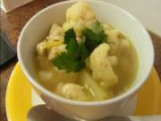 Curry Cauliflower Chicken Soup