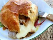 Appetizer - Baked Brie En Croute