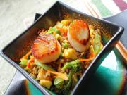 Egg Fried Rice with Sautéed Scallops