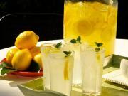 effects of hot lemon water