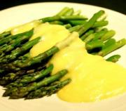 Asparagus With Orange Hollandaise Sauce