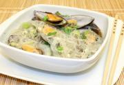 Easy Sinabawang Tahong with Sotanghon